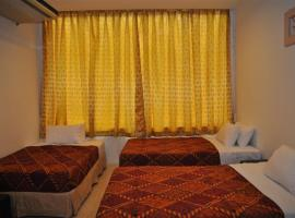 Old Budget Hotel, hotel di George Town