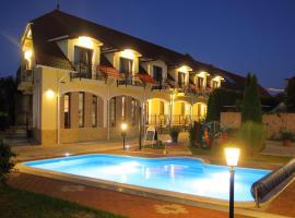 Bajor Panzió Aparthotel Bük-Bükfürdő Felnőttbarát 12 plus, hotel v Buku