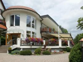 Hotel Ochsen, Hotel in der Nähe von: Alpengarten Pforzheim, Höfen an der Enz