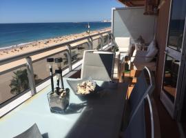 Luxury Oceanfront triplex in Cadiz, hotel cerca de Fuerte de Cortadura, Cádiz