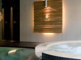 Cascina Scova Resort, hotel a Pavia