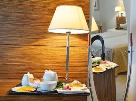 S Hotel, hotel in zona Aeroporto di Pescara - PSR, San Giovanni Teatino