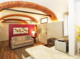 Appartamento San Giuseppe, apartment in Alba