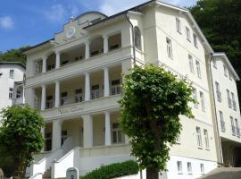 Villa Celia, hotel near Sellin pier, Ostseebad Sellin