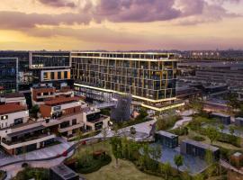 Cordis Shanghai Hongqiao (Langham Hospitality Group), hotel near Shanghai Hongqiao International Airport - SHA,