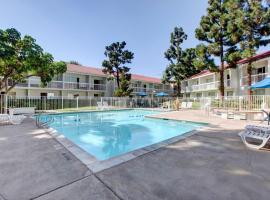Motel 6-Santa Ana, CA - Irvine - Orange County Airport