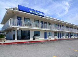 Motel 6-Galveston, TX, hotel in West End, Galveston