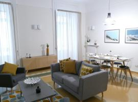 Luxury Manfredi Apartment Salerno, luxury hotel in Salerno