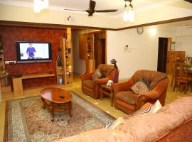 Marine Drive Luxuary Apartment, apartment in Cochin