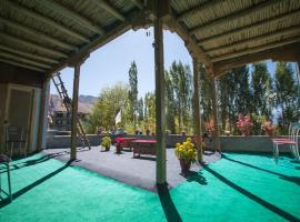 Morning Sky Guest House, guest house in Leh