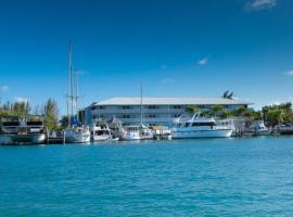 Flamingo Bay Hotel & Marina, hotel en Freeport