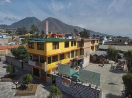 Hostal Sol y Luna, hotel perto de Metade do Mundo, Quito