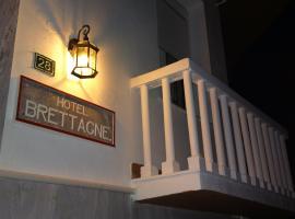 Hotel Bretagne, hotel in Loutraki