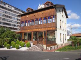 Hotel Castillo de Gauzón, hotel near Asturias Airport - OVD, Salinas