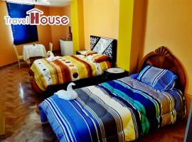 Travel House, B&B in Ica