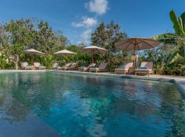 Royal Retreat Villa's Lembongan, B&B in Nusa Lembongan