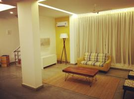 Hermit Crab Beach Serviced Apartments, apartment in Mangalore