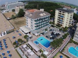 Hotel La Bussola, hotel poblíž významného místa Torino Square, Lido di Jesolo