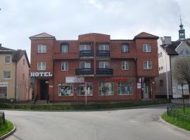 Hotel Krokus, hotel near Świdnica Cathedral, Kamienna Góra