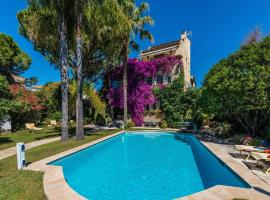 Villa La Provence, hotel with jacuzzis in Antibes