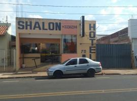 Shalon Hotel, hotel in Uberaba