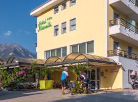 Hotel Miorelli, hotell i Nago-Torbole