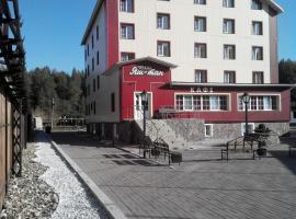 Отель Яш-Тан, отель в Абзакове