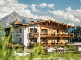 Hotel Bergkristall, hotel in Hippach