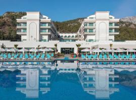 Dosinia Luxury Resort-Ultra All Inclusive, отель в Бельдиби