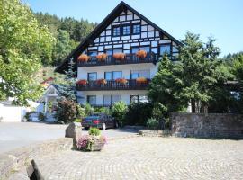 Haus Schnorbus, budget hotel in Hallenberg