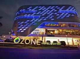 Ozone Hotel Pantai Indah Kapuk, hotel near Jakarta Soekarno Hatta Airport - CGK, Jakarta