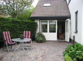 Vakantiewoning J.W. Schuurmanstraat 14, self catering accommodation in Domburg