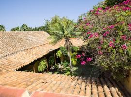 BellaSombra Suites, B&B in Las Palmas de Gran Canaria