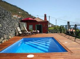 Casa Rural La Caldera, farm stay in Fuencaliente de la Palma