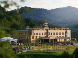 Altai Palace Hotel, ski resort in Manzherok