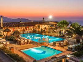 Spiros-Soula Family Hotel & Apartments, serviced apartment in Agia Pelagia