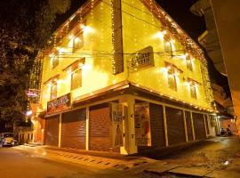 Roses Inn Fortkochi, hotel in Cochin