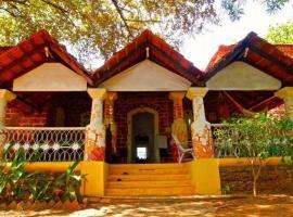The Nest by Hostelogy, hotel in Anjuna