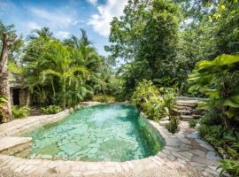 Hotel Boutique Quinta Chanabnal, hôtel à Palenque