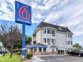 Motel 6-Escondido, CA, hotel a Escondido
