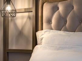 Ξενοδοχεία Πύργος, ξενοδοχείο στην Ουρανούπολη