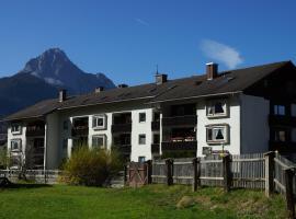 Ferienwohnung Weber, hotel in Mittenwald