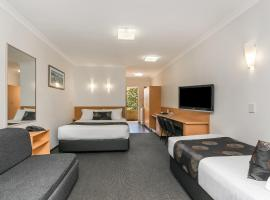 Flag Motor Lodge, hotel em Perth