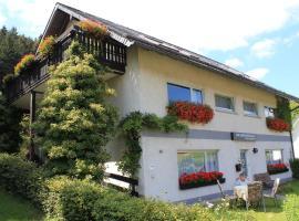 Ferienwohnungen Schubert, hotel in Winterberg