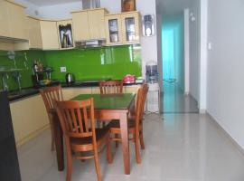 Homestay for Foreigners, hotel near Dam Sen Cultural Park, Ho Chi Minh City