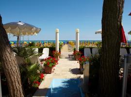 Termini Beach Hotel & Suites, hotel poblíž významného místa Torino Square, Lido di Jesolo