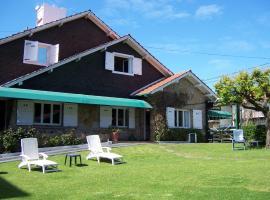 Hotel Los Troncos, hotel cerca de Centro cultural Villa Victoria, Mar del Plata