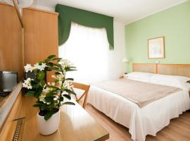 Hotel Touring, hotel near Botanical Gardens of Pisa, Pisa