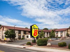 Super 8 by Wyndham Flagstaff, hotel in Flagstaff