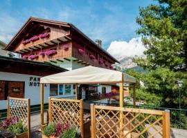 Hotel Panda, hotel in Cortina d'Ampezzo